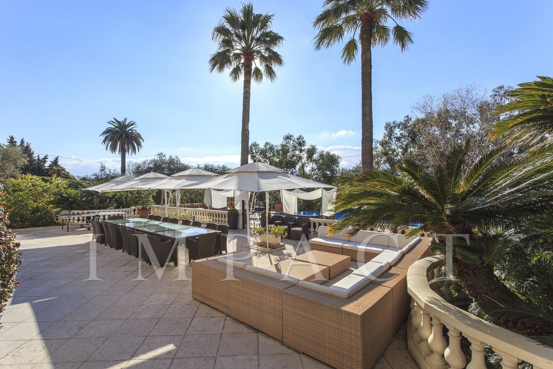 Ville de Luxe Vue Mer à louer Cannes