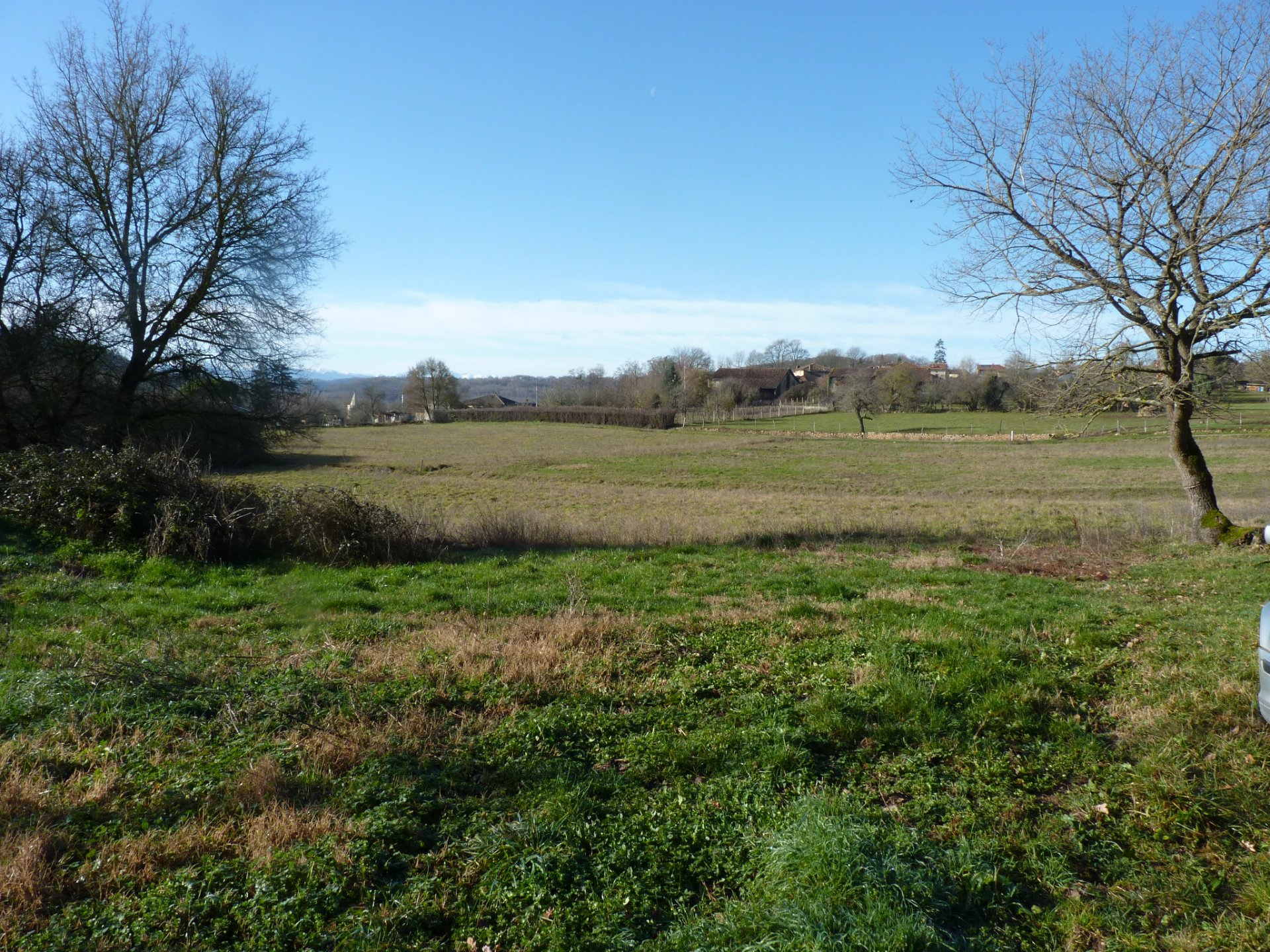 Near Aurignac, bucolic land of 6620 m² with nice view