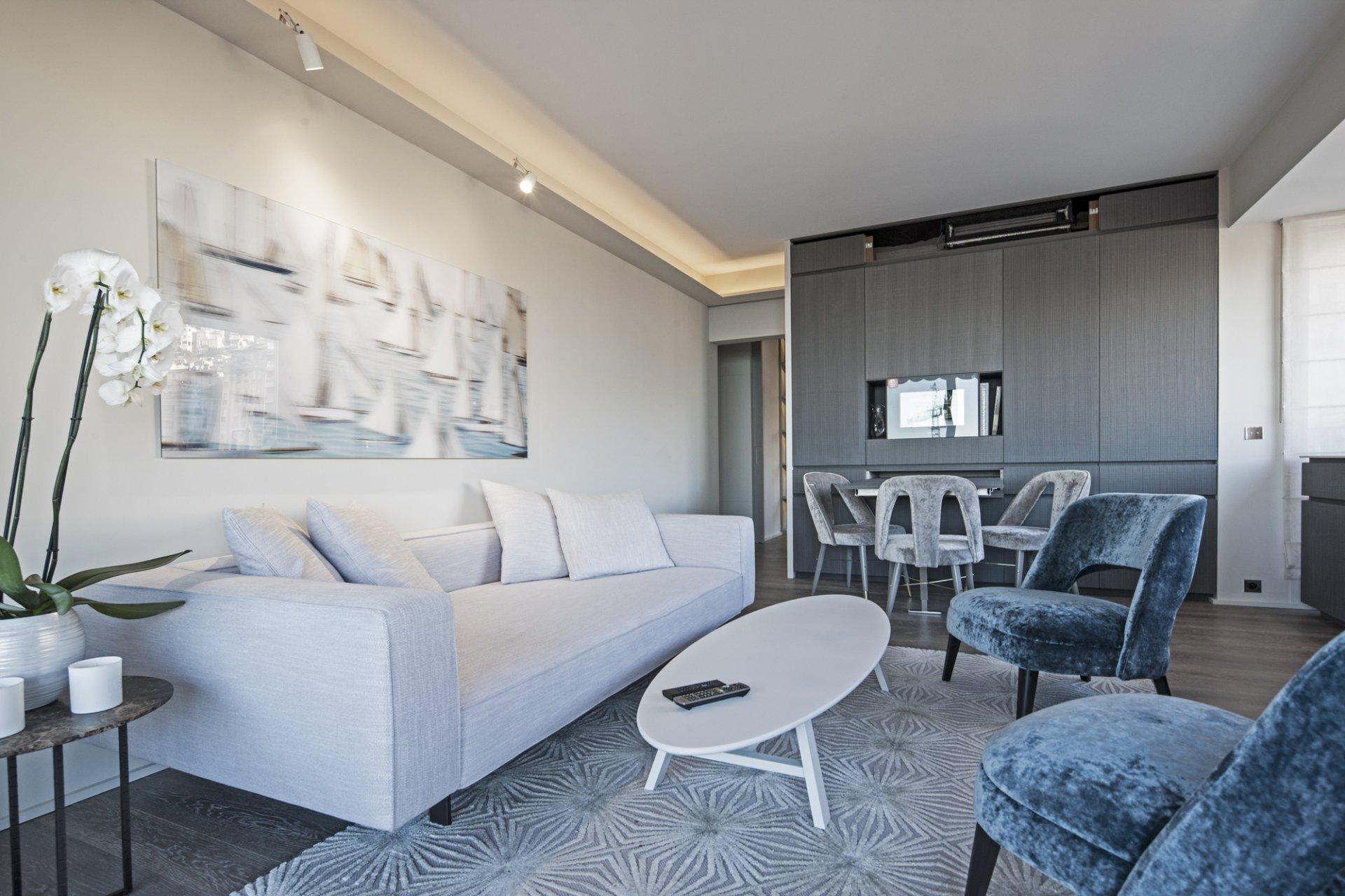 Exclusivité - 2 pièces luxueusement meublé