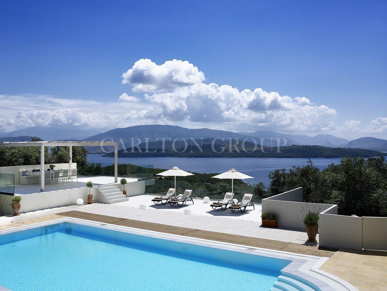 Seasonal rental Villa in Kerkira  - Price on request - Carlton International