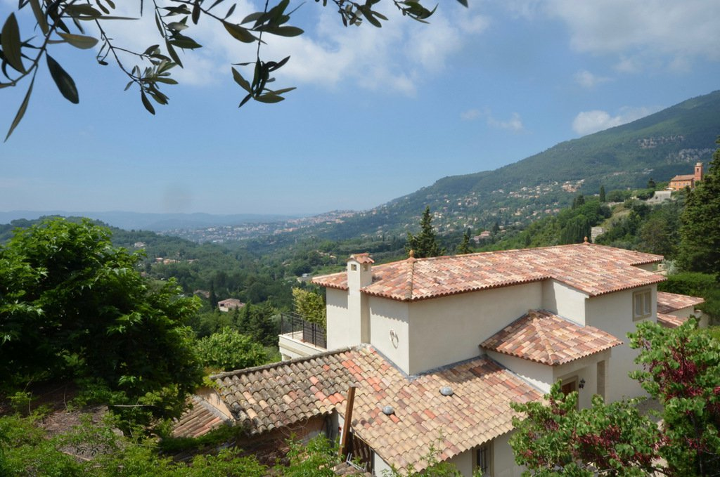 Superb villa for sale -  5 bedrooms - Magagnosc