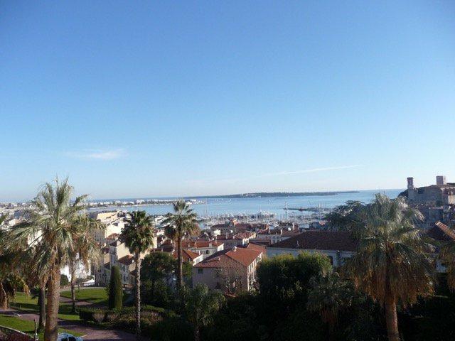 Cannes Centre ville  Vue Mer panoramique