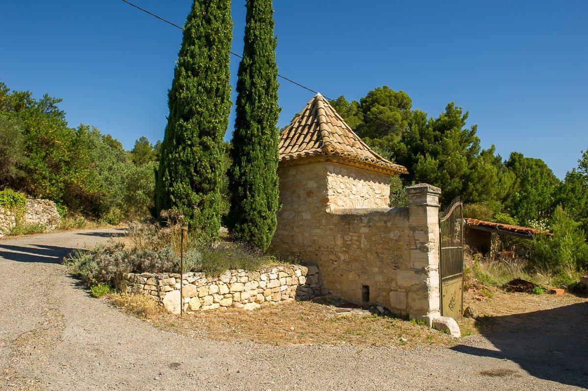 Propriété de 292 ha avec chateau du XIX s Corbieres AOP