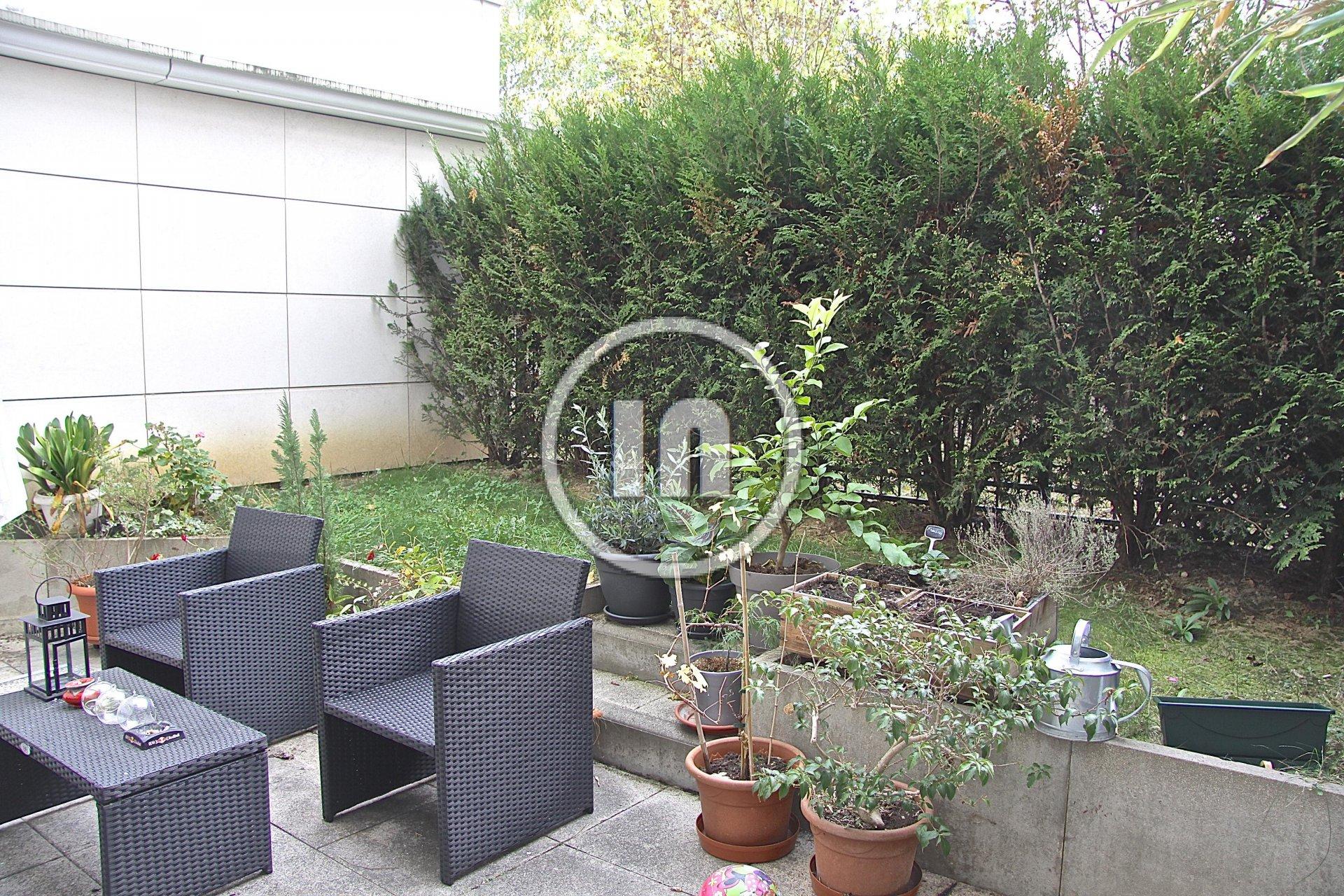 Studio 26 m2 en rez-de-jardin terrasse de 33 m2