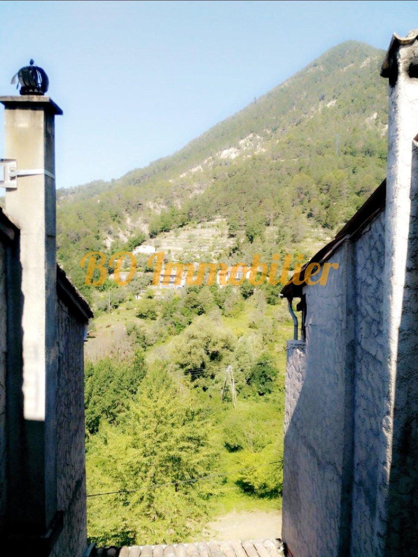 Charmante maison de village de 70m² + cave + grenier