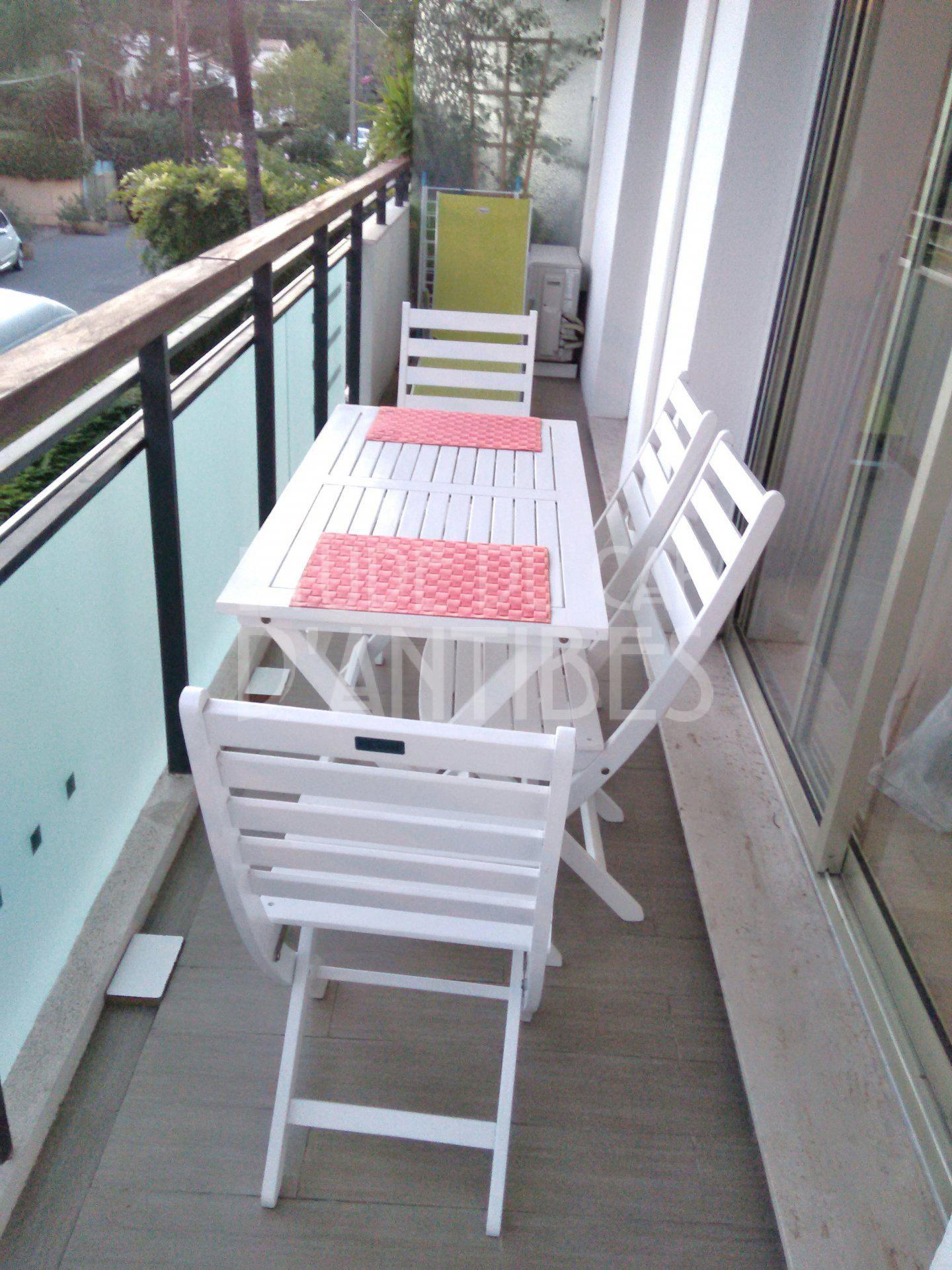 Début du Cap d'Antibes - Appartement 2P à louer