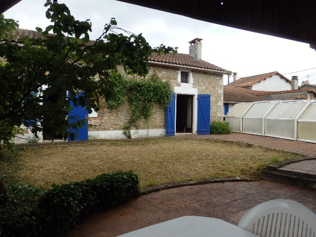 Maison  Près Saint Claud
