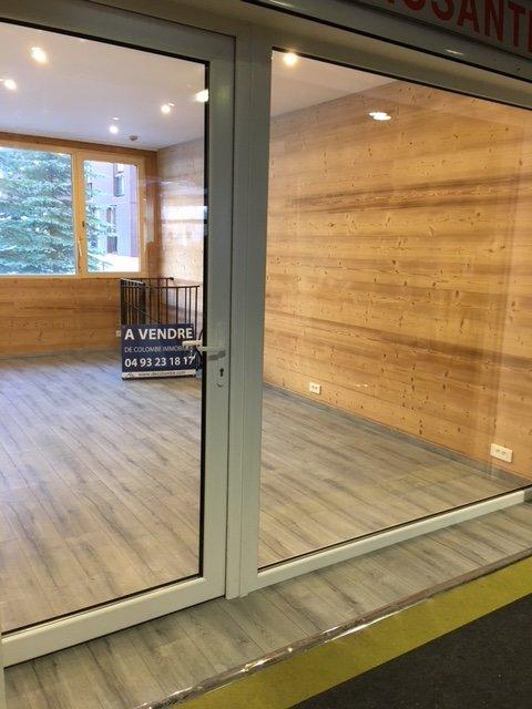 Sale Premises - Isola 2000 Front de neige