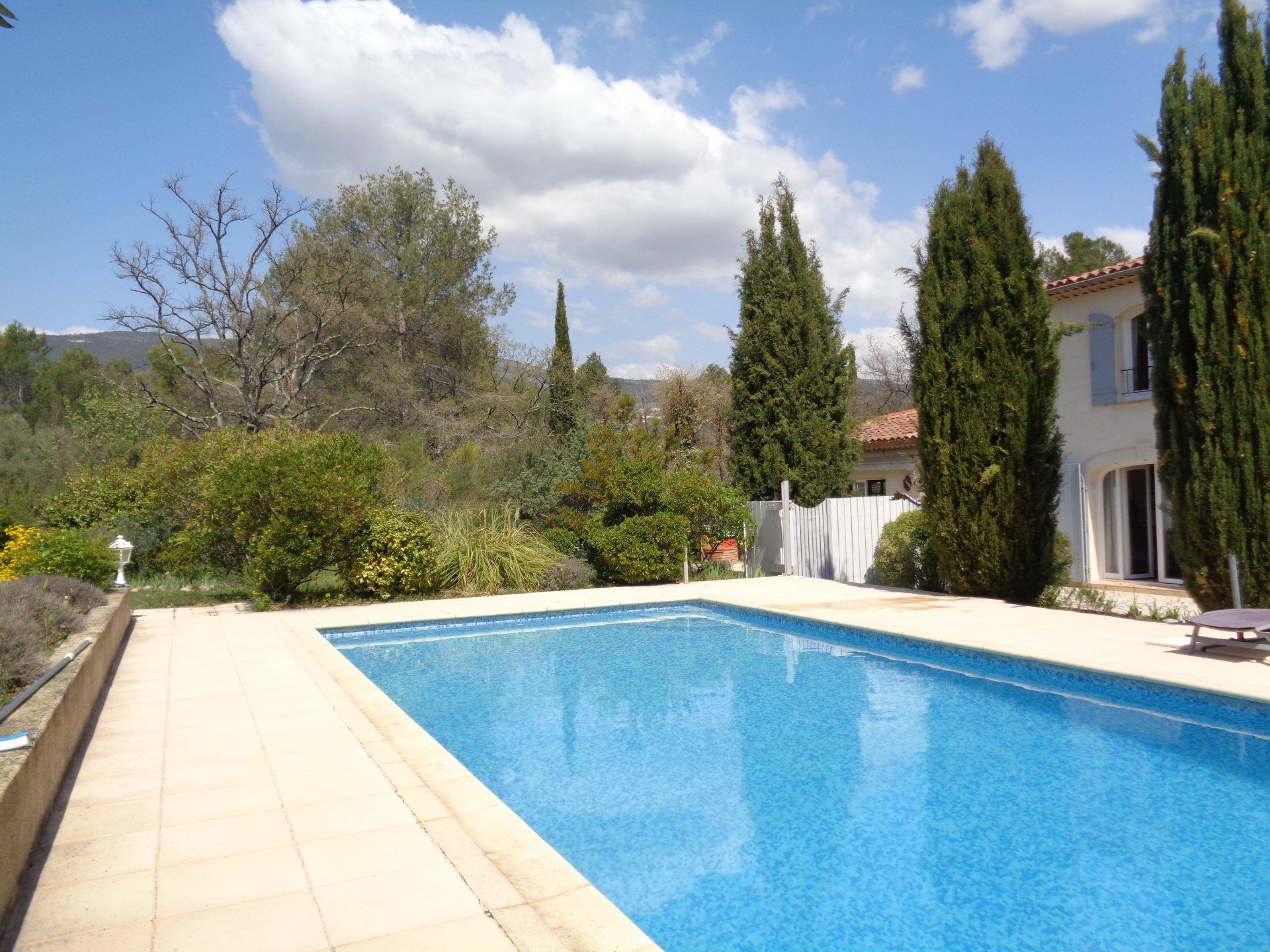Fayence: Villa avec appartement indépendant