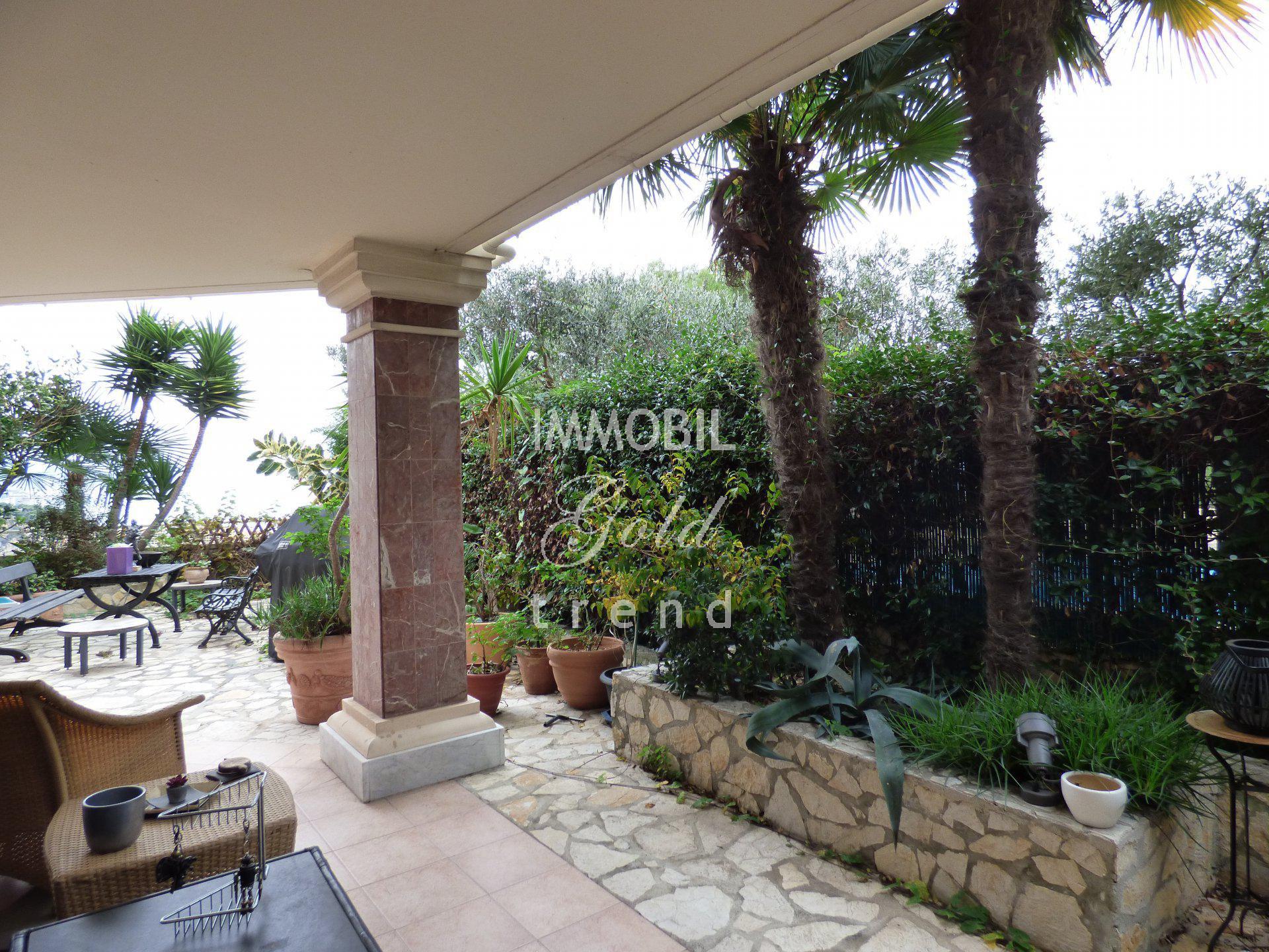 Appartement aux portes de Monaco vue mer