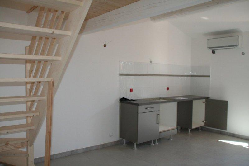 GRAND STUDIO avec mezzanine et parkings