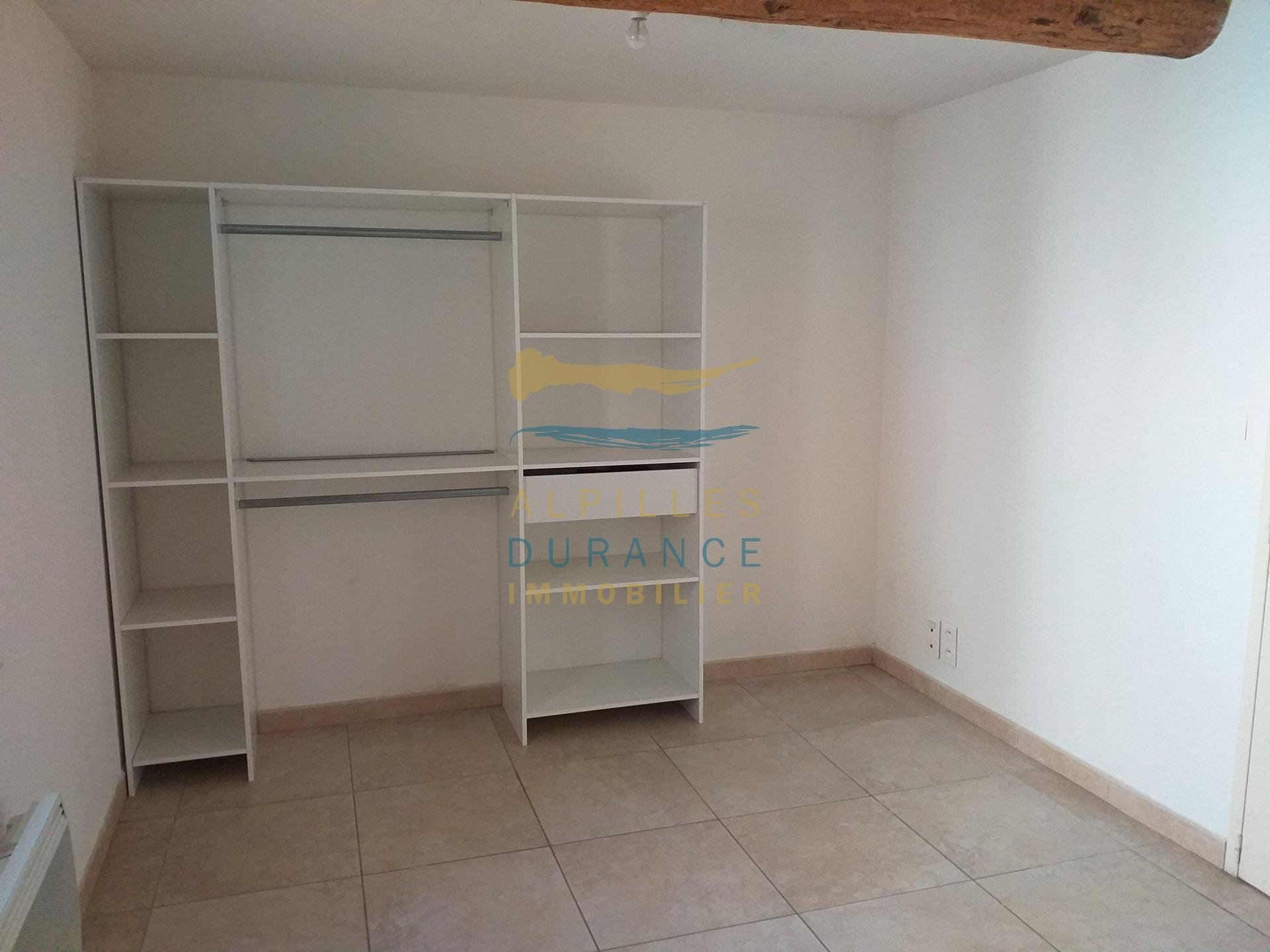 New apartment in the DRC type 2 with a bedroom, a kitchen / living room, a bathroom with shower and