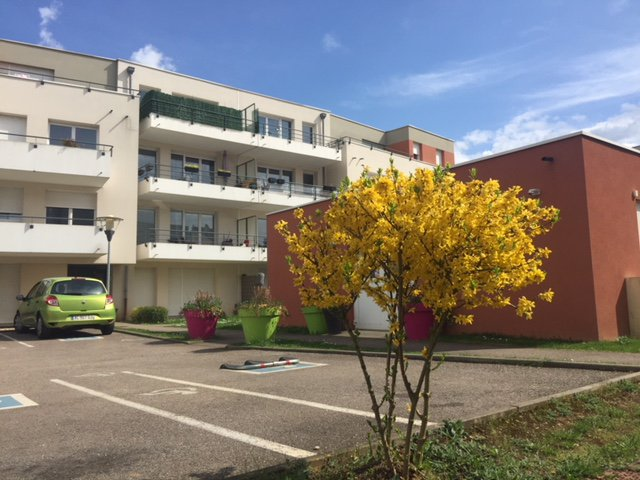 TALANGE: Bel Appartement F2 avec parking