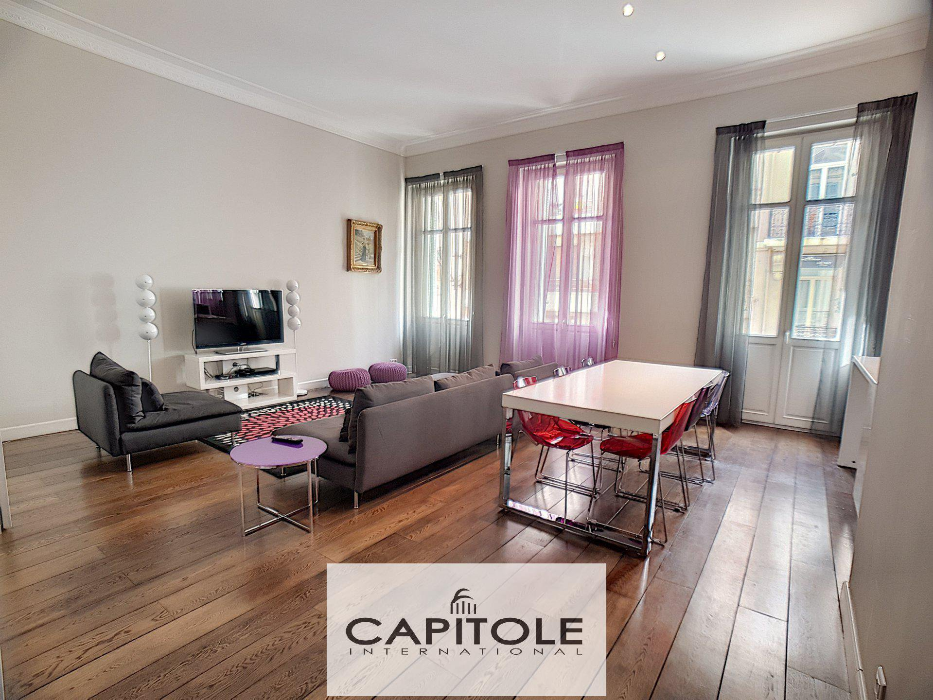 Cannes center, rue d'Antibes apartment 2 bedrooms 85 sqm south