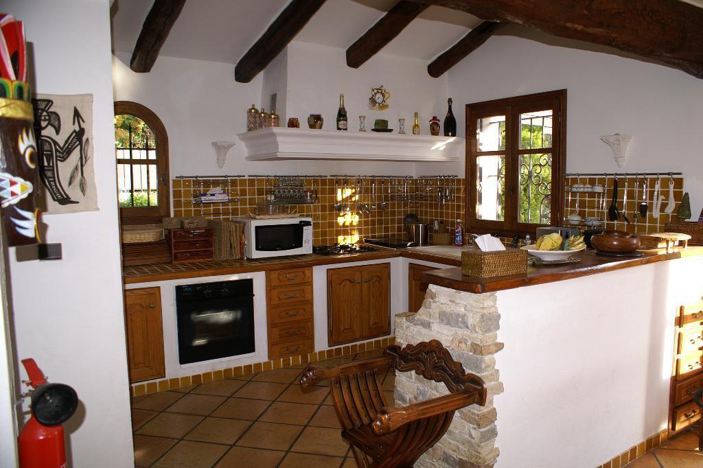 Aspremont villa 9p cuisine