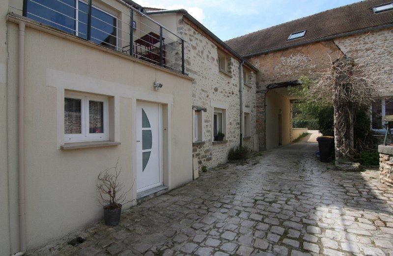 Rental Townhouse - Boissy-sous-Saint-Yon