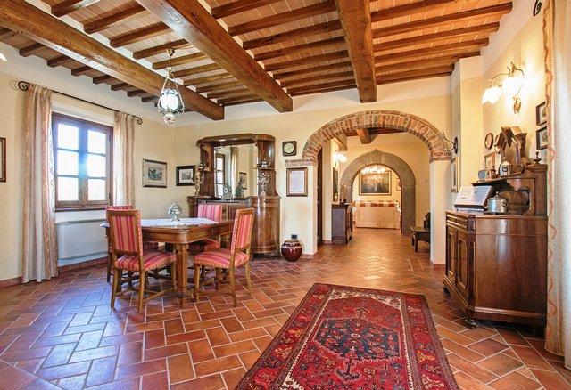 Vendita Cascina - Lucignano - Italia