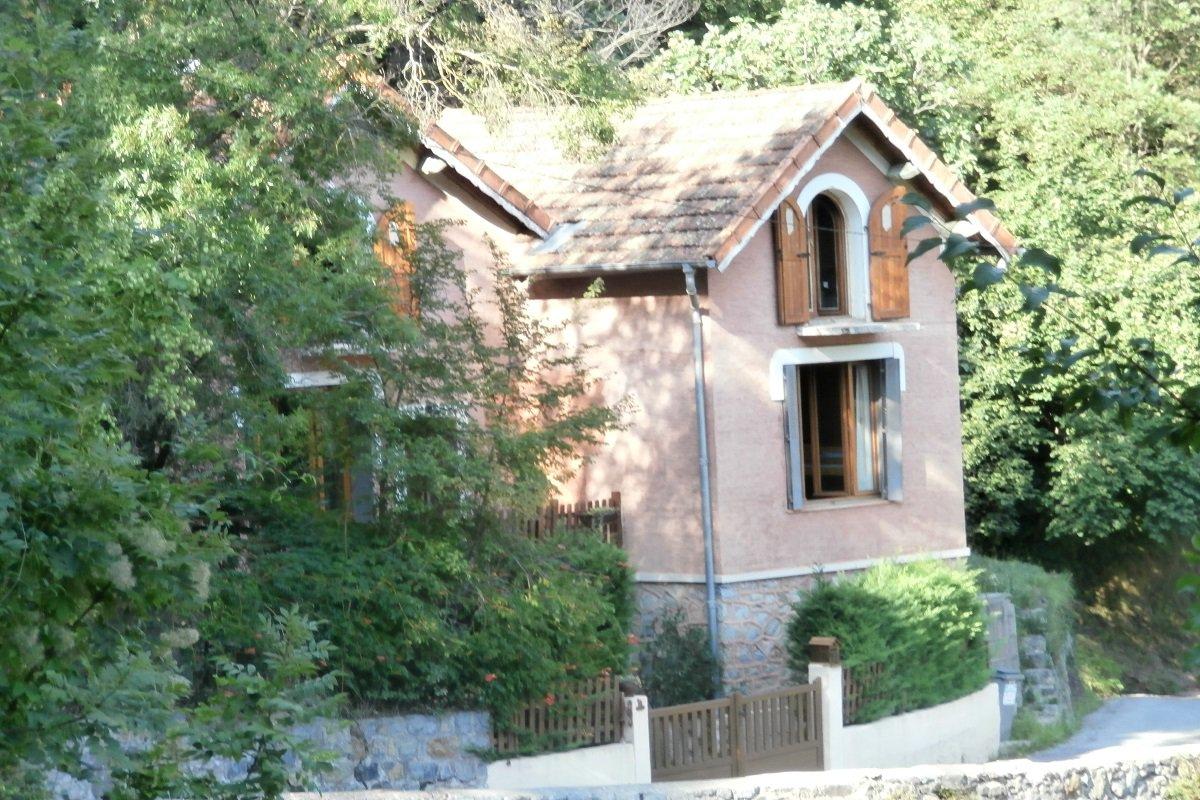 Sale House - Saint-Sauveur-sur-Tinée