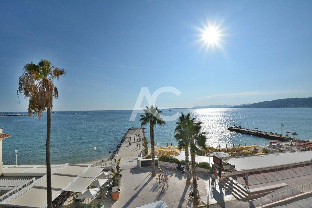 2 bedroom apartment - Waterfront residence - Panoramic views