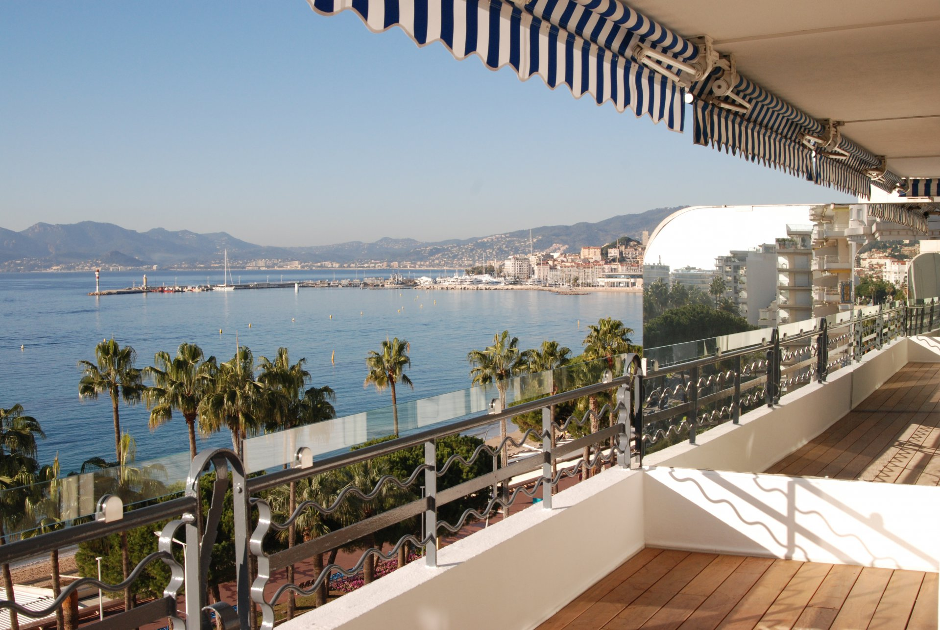 congress rental apartment 2 bedroom Croisette sea view