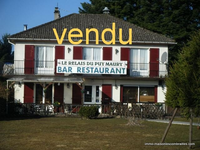 Bar/restaurant met drankvergunning en woning in Auvergne