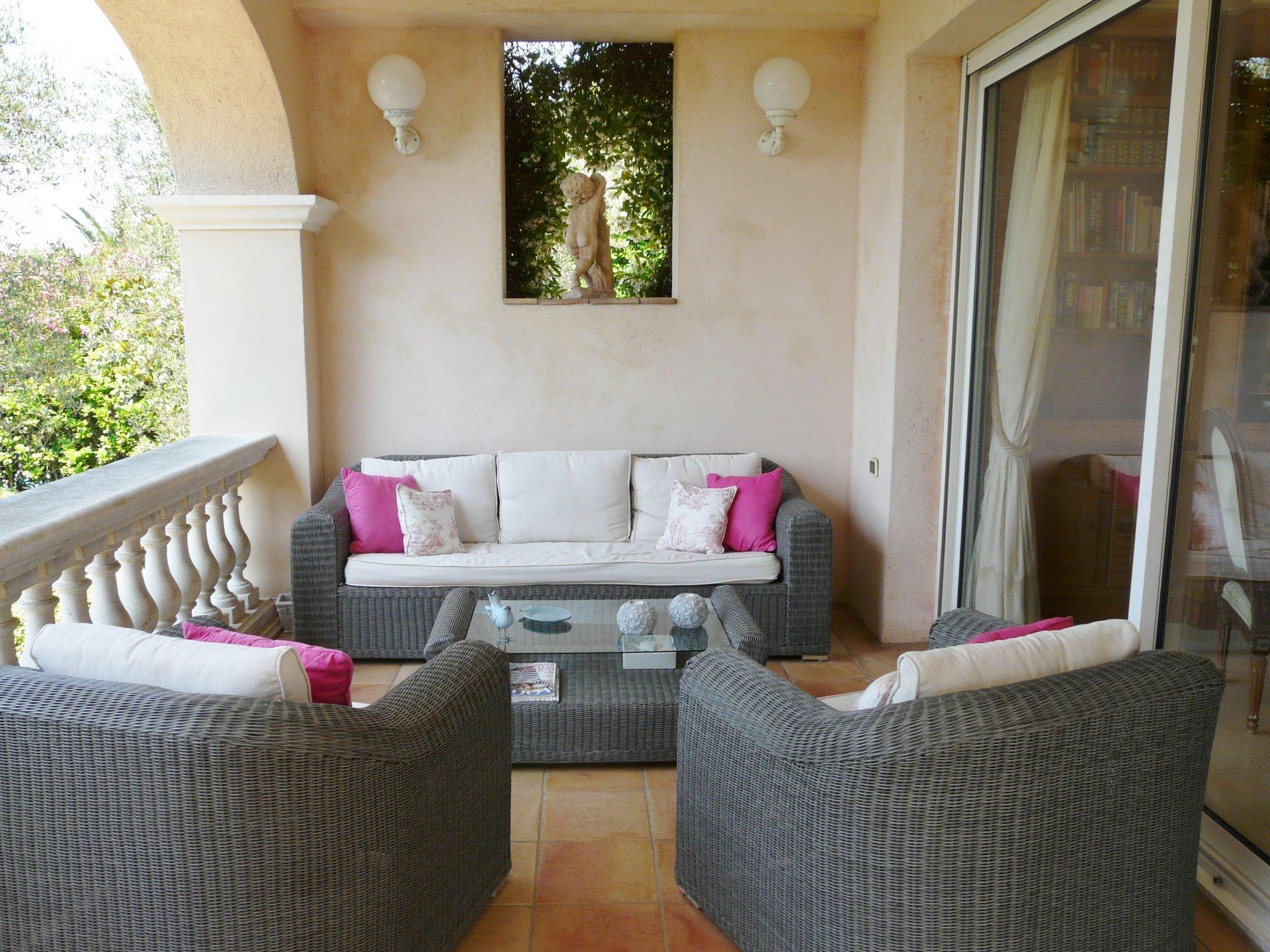 Living-room, natural light, tile