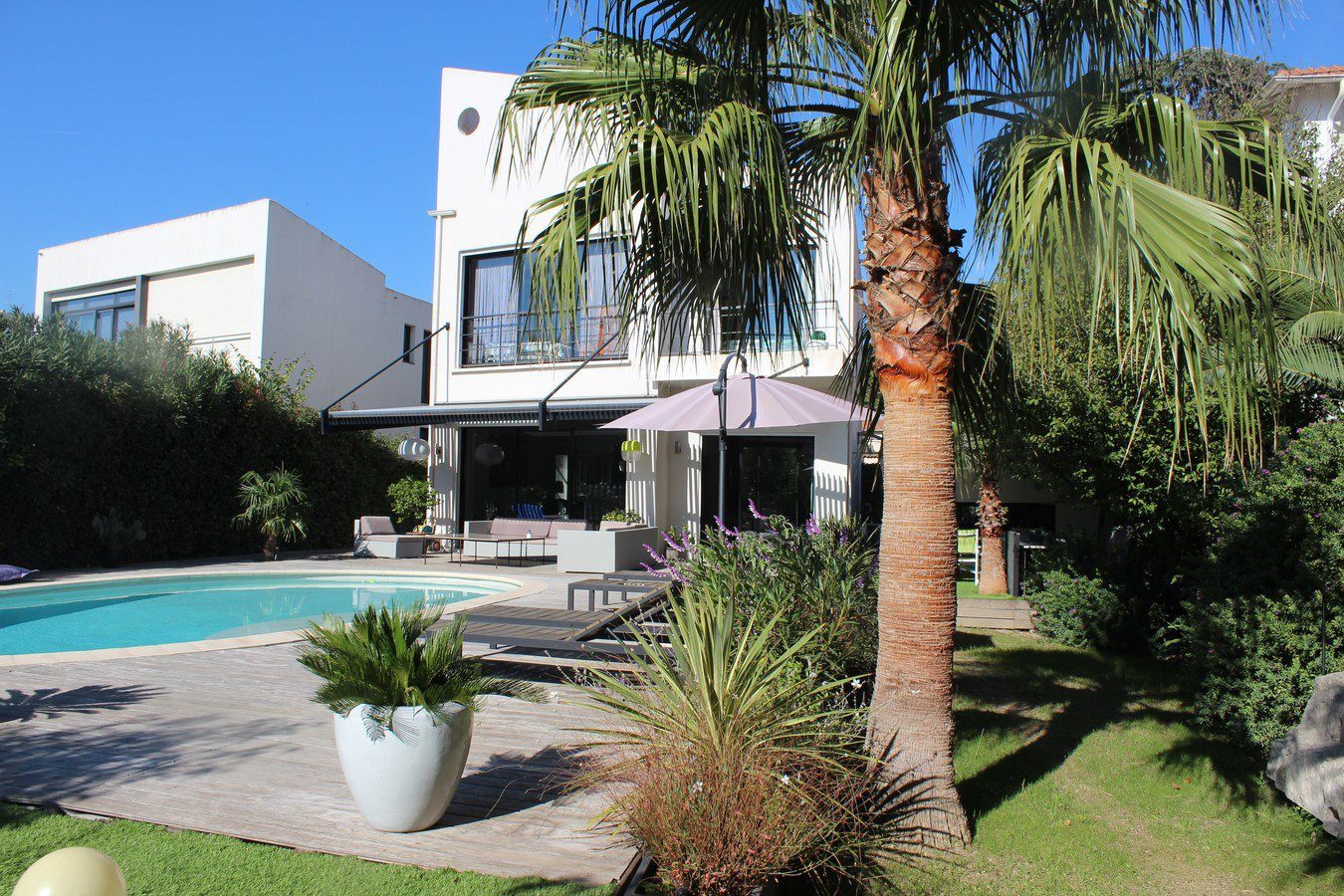 congress rental house 4 bedroom close center of Cannes swimming pool