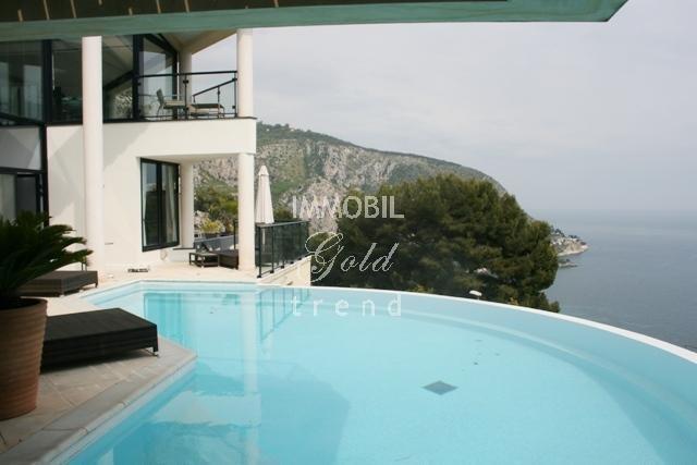 Location Villa Moderne Eze sur Mer vue mer