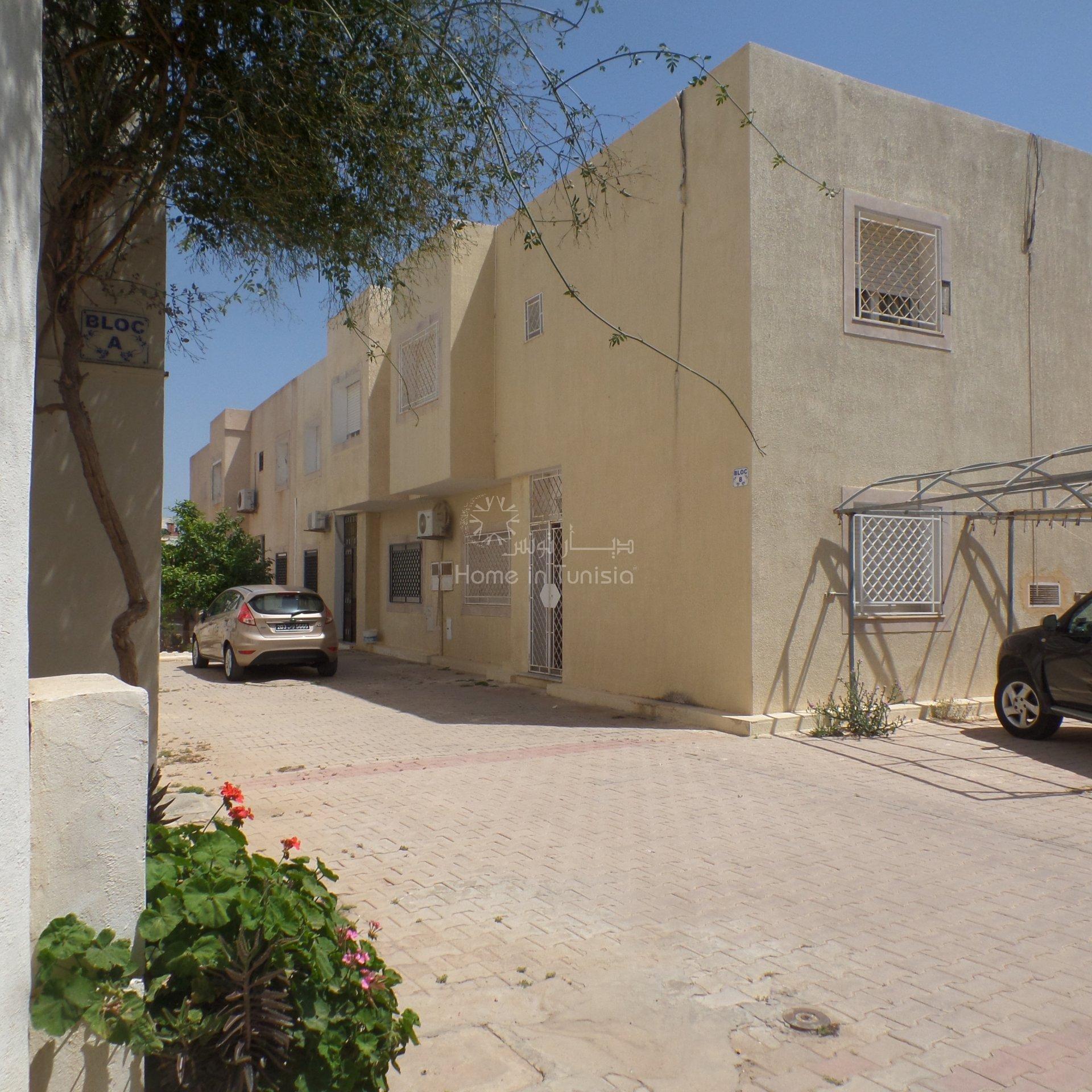A vendre dans petite co-propriété à Hammamet Nord