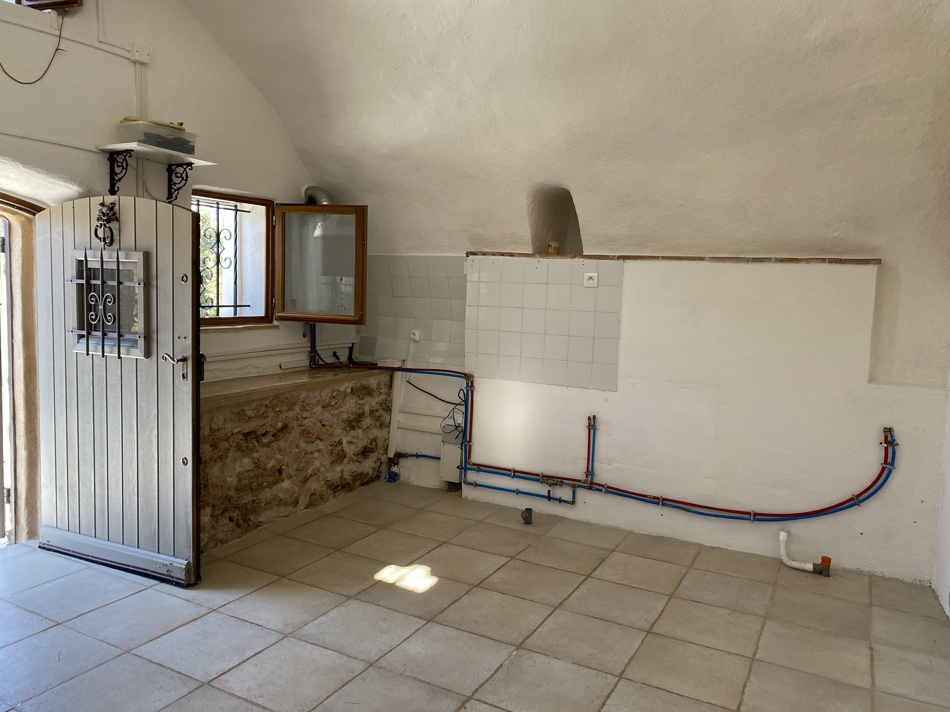 Beautiful provencal country cottage 19 m² on 10.979m² of land