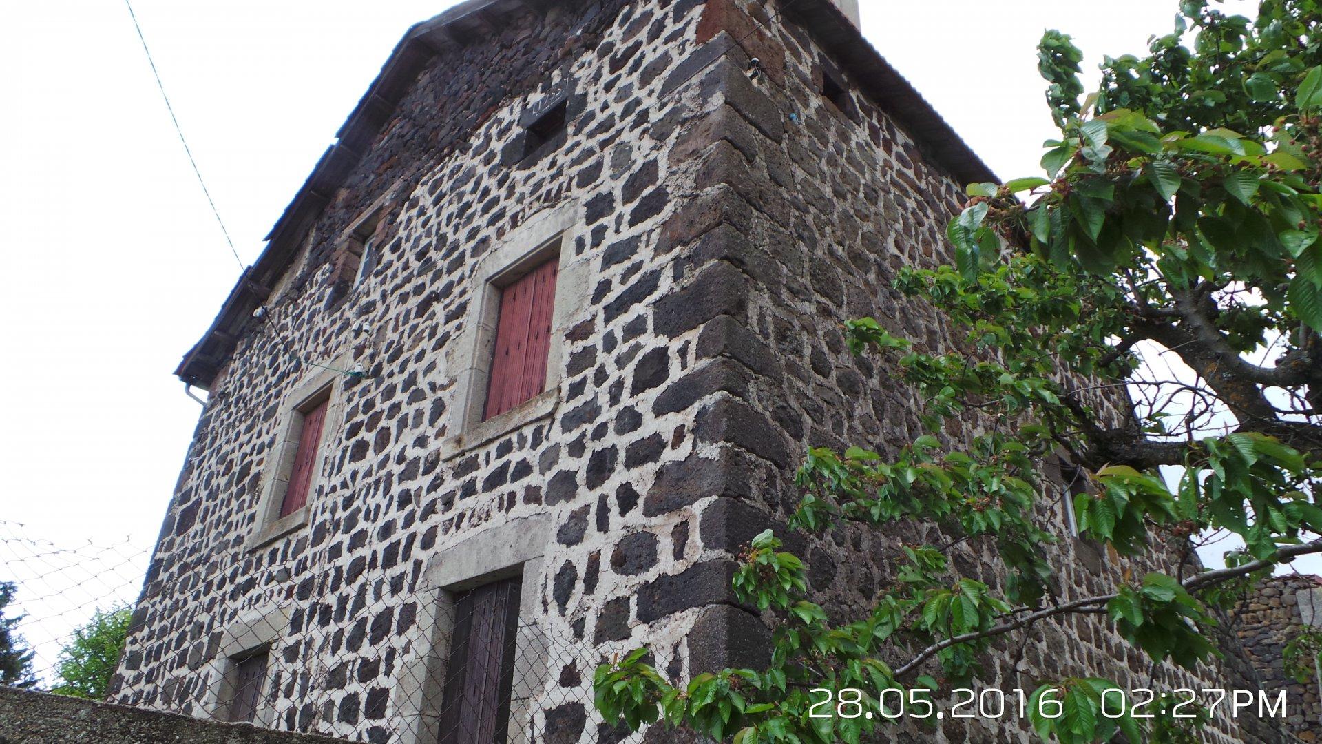 Sale Farmhouse - Cayres