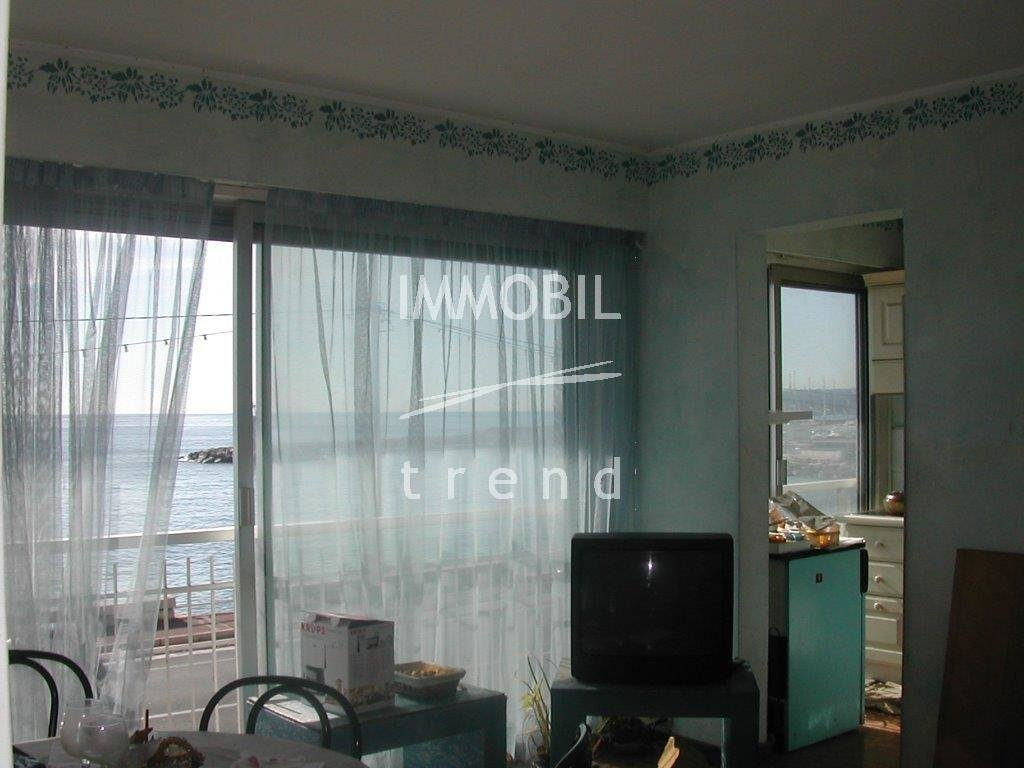 IMMOBILIER MENTON FACE MER *** EXCLUSIVITÉ ***APPARTEMENT 2/3 PIECES + GARAGE