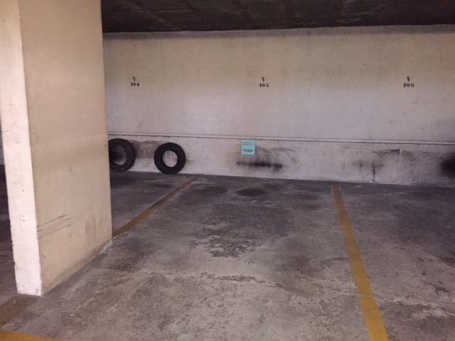 Parking sous terrain OULLINS