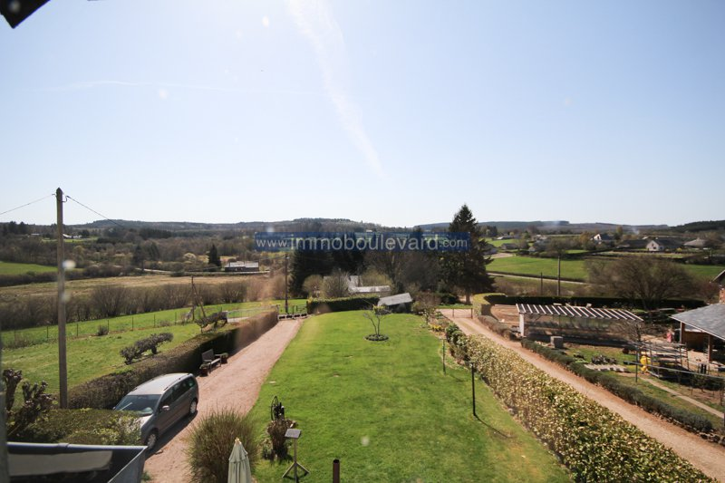 Gien sur Cure - cozy house with beautiful views