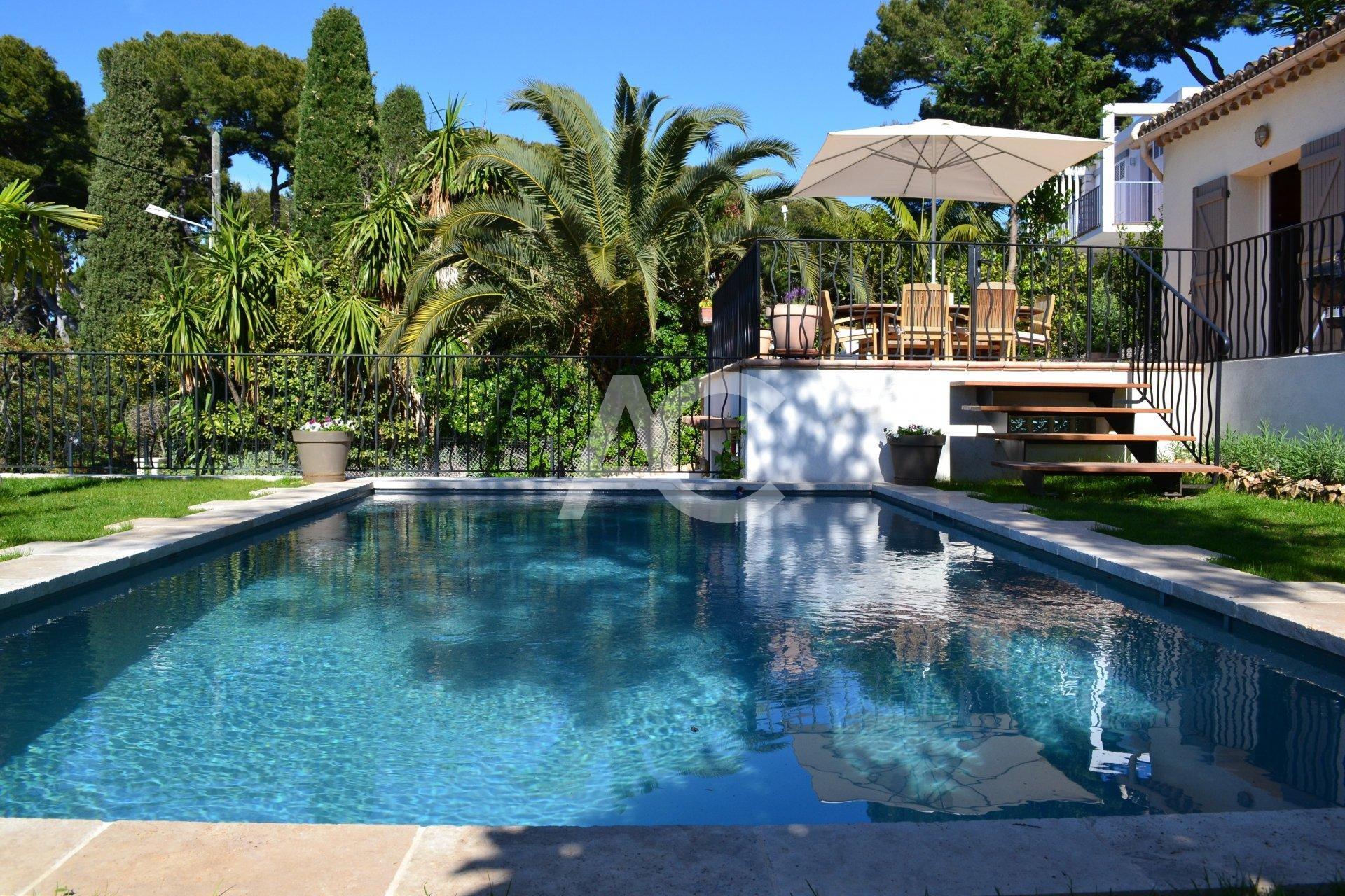 Maison au coeur du Cap d'Antibes