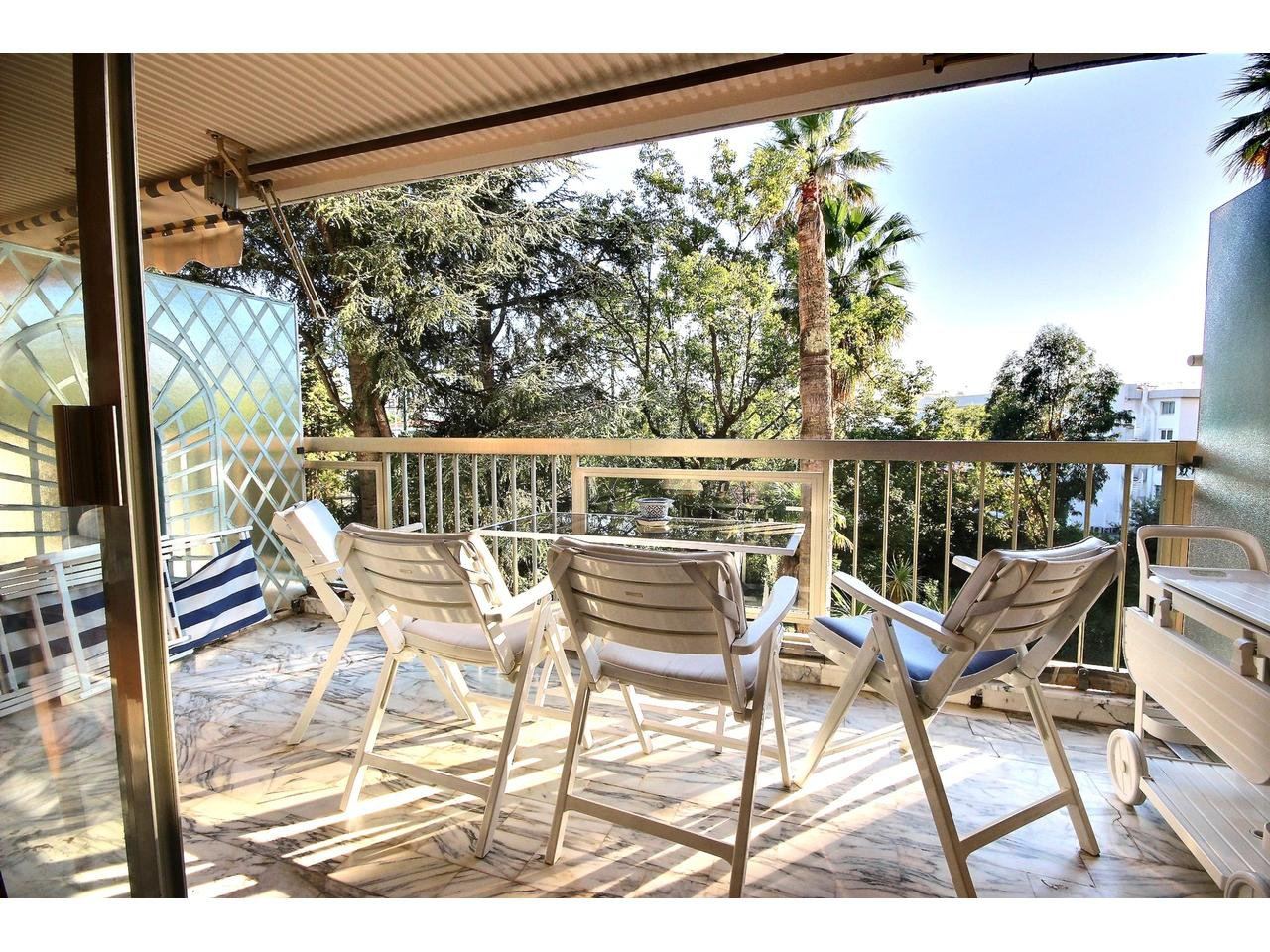 1 bedrom apartment for sale in Cannes Basse Californie