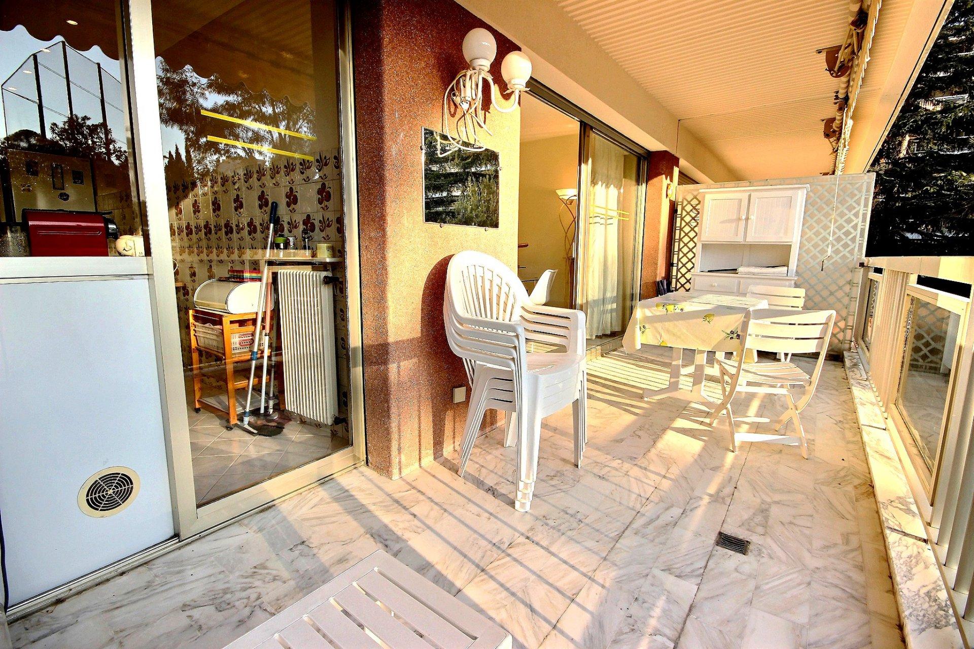 terrasse Cannes Basse Californie Appartement 2 Pièces à vendre
