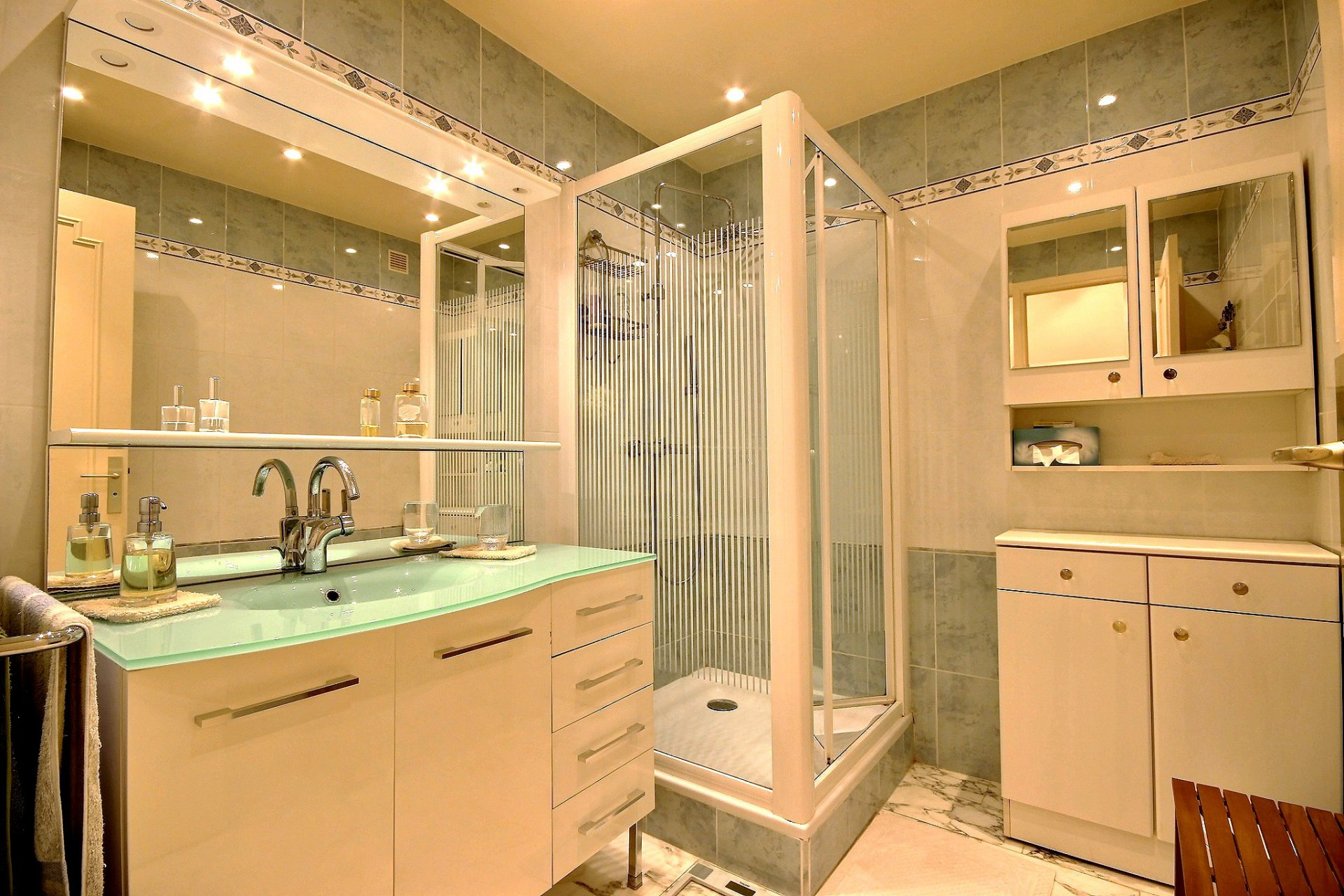 salle de douche Cannes Basse Californie Appartement 2 Pièces à vendre
