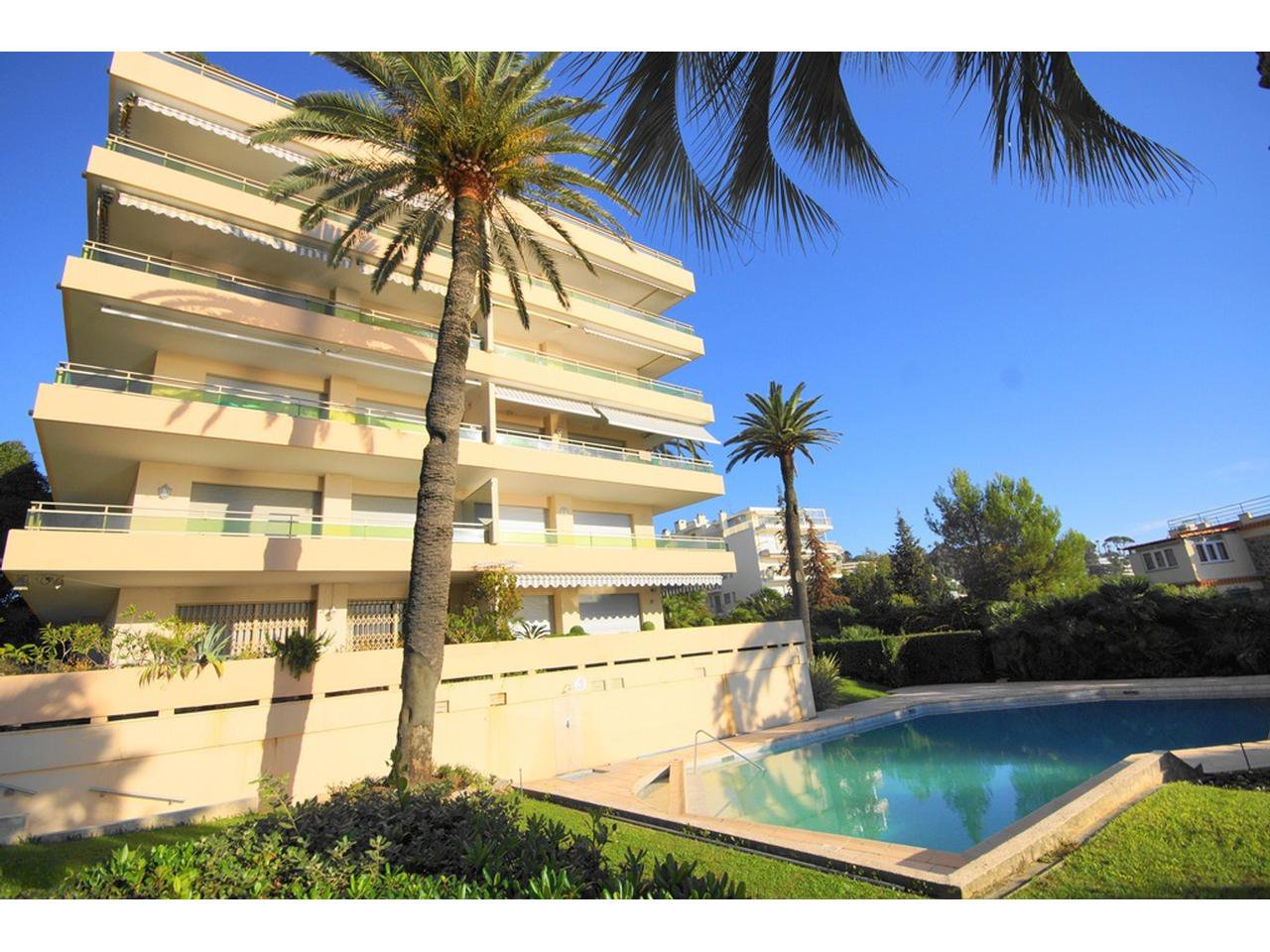 Cannes Palm Beach lägenhet till salu 71 m² swimmingpool och terrass