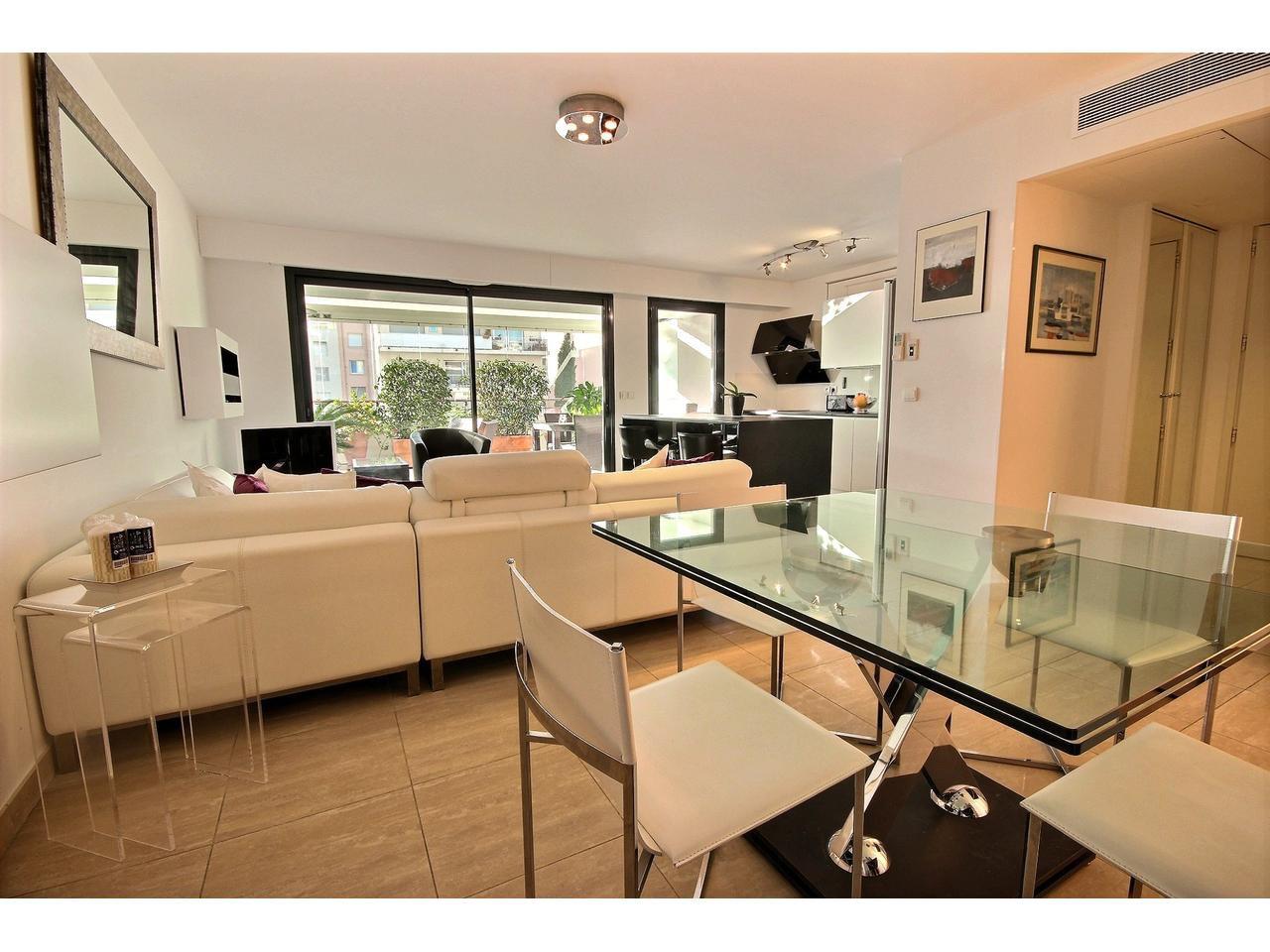 Cannes Basse Californie Appartement 3 Pièces à vendre standing