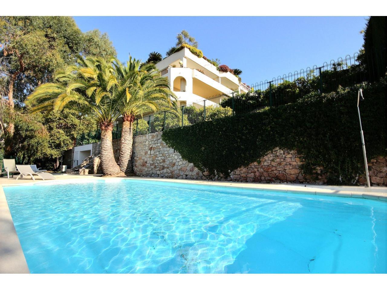 3 bedroom apartment for sale in Cannes Croix des Gardes