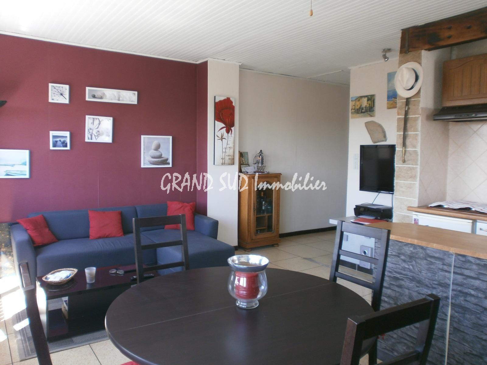 VIAGER : Villa divisée en 2 appartements - GSI 229