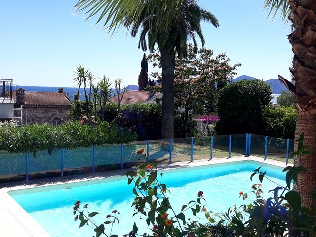 Cannes Plage du Midi - apartment for sale - 2 bedrooms - swimming pool - terrace and garden - new built