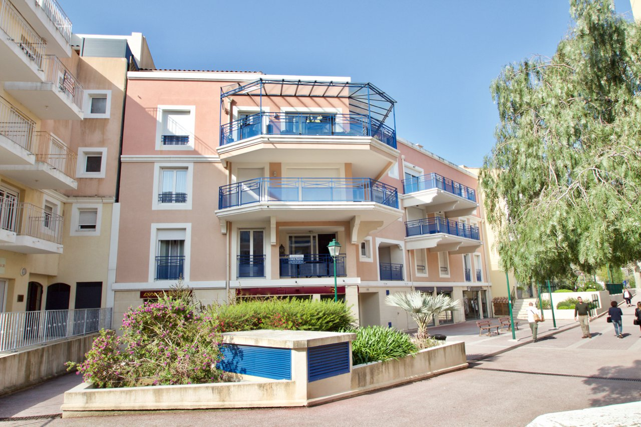 Apartment - Sainte-Maxime