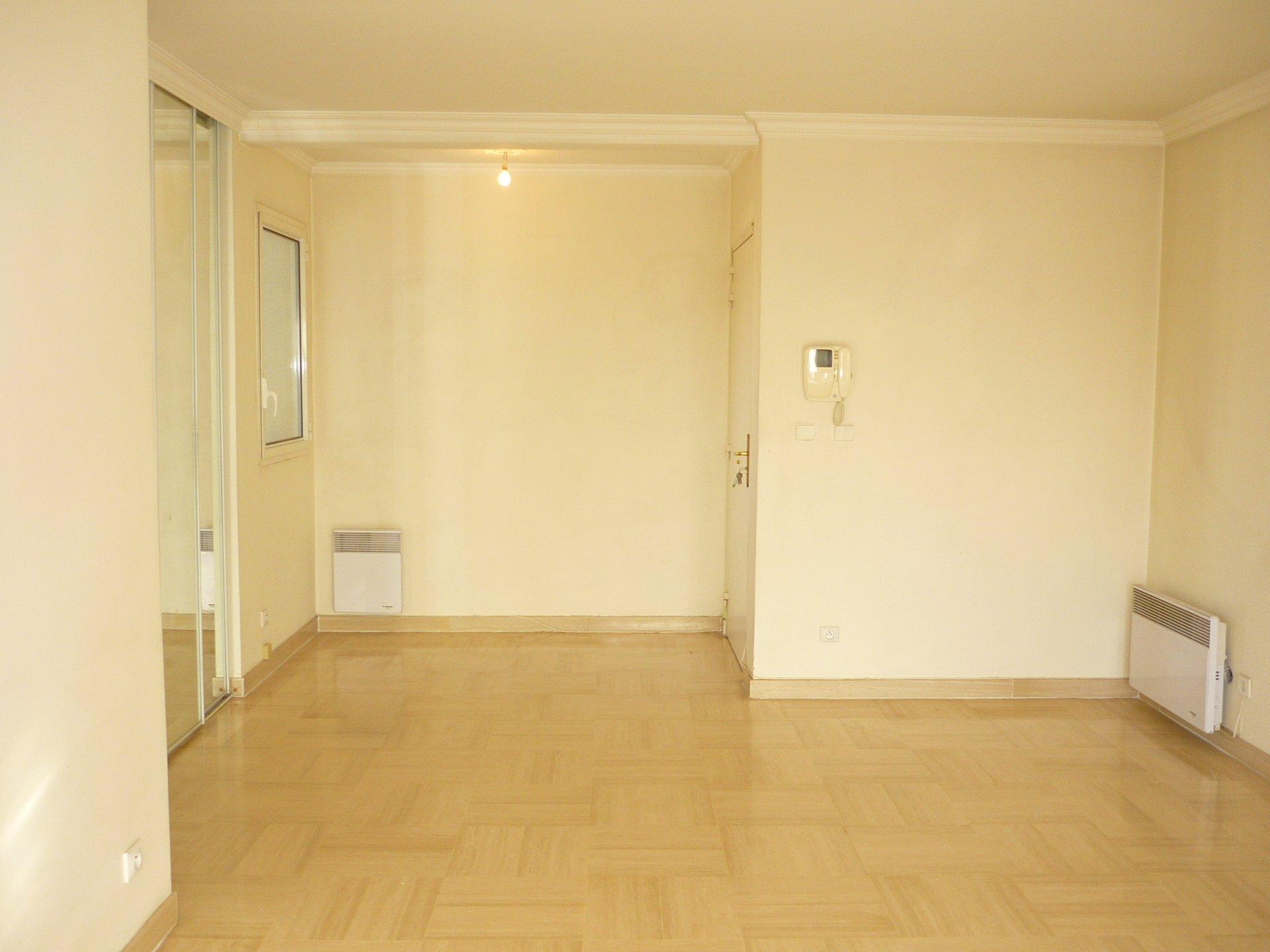 Vente Appartement - Saint-Laurent-du-Var