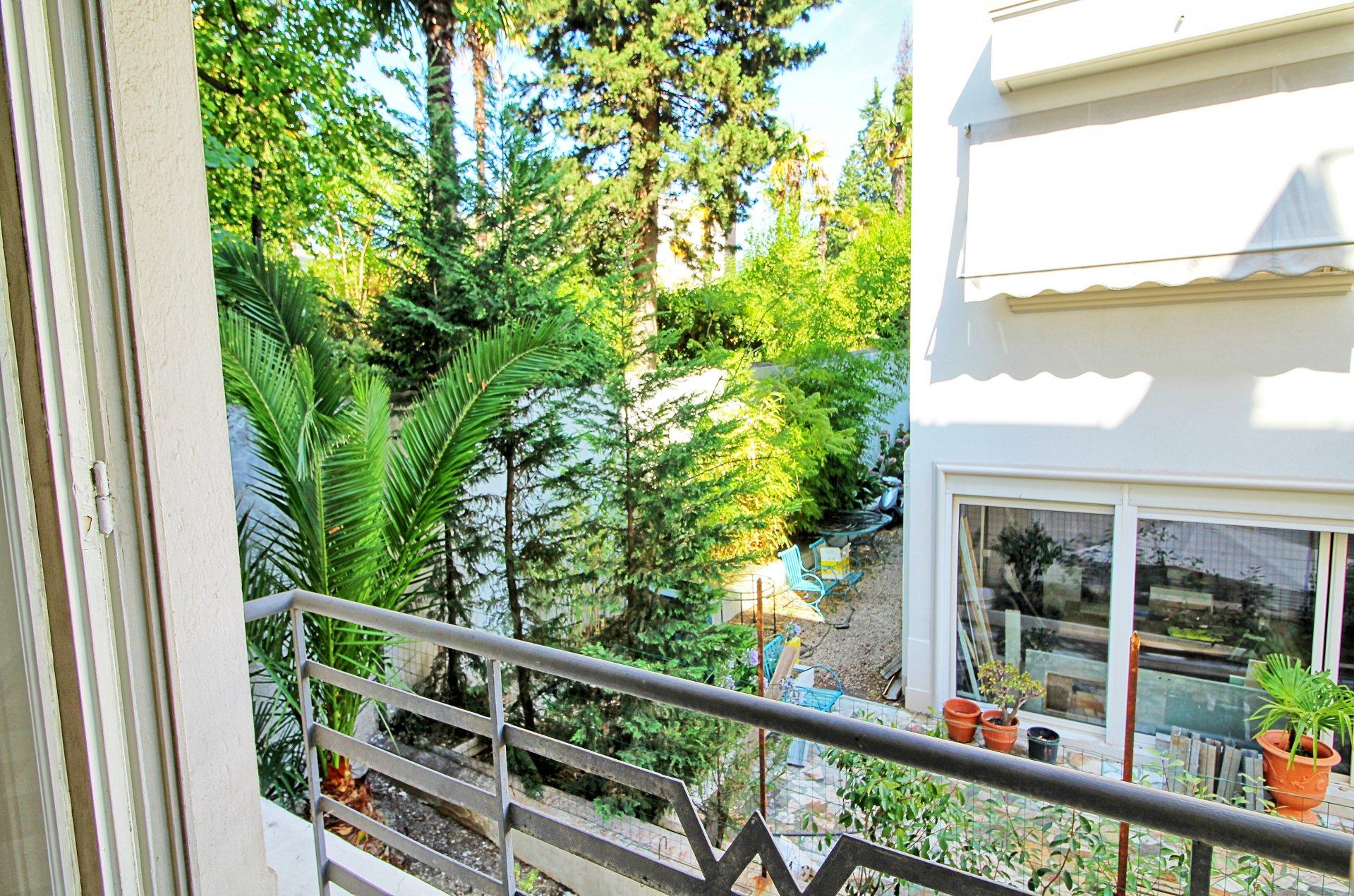 Terrasse, vue, jardin, appartement à vendre, cimiez