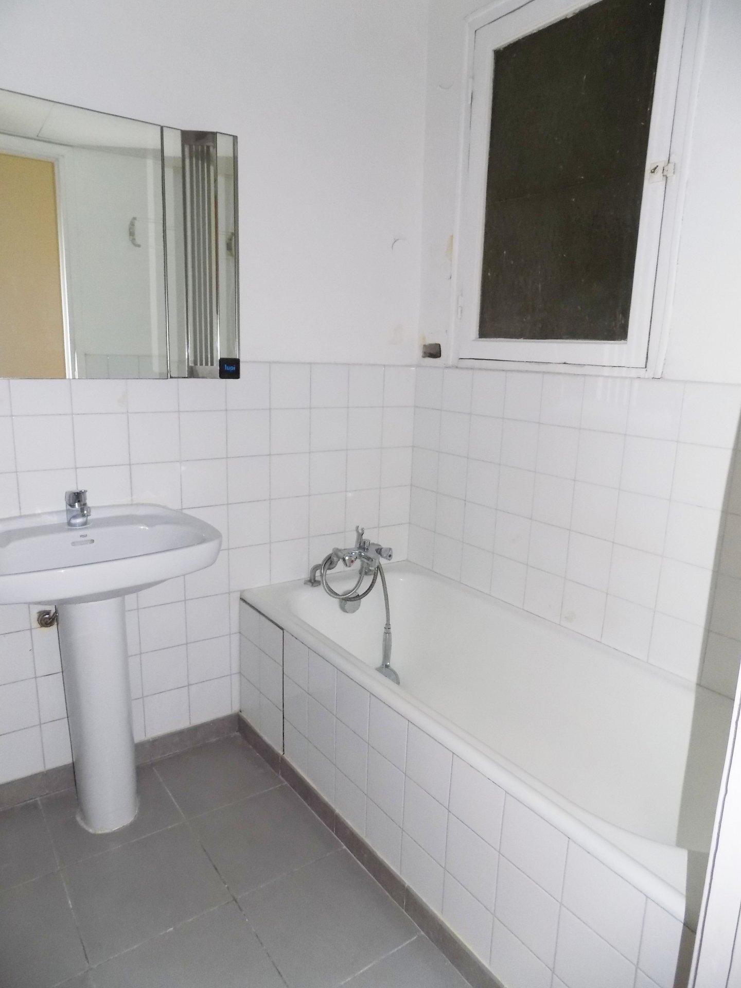 Salle de bain, appartement à vendre, nice, cimiez