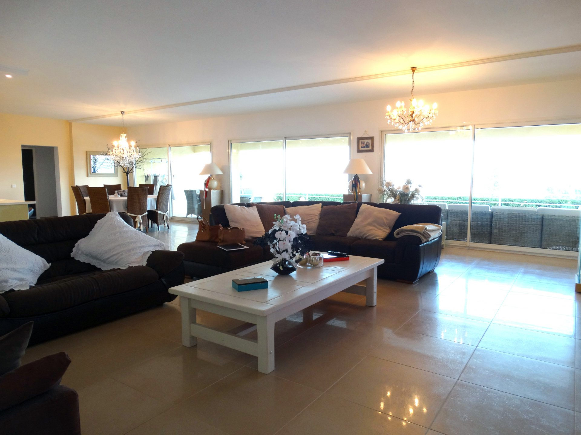 VERY NICE VILLA ON ONE LEVEL WITH PANORAMIC SEA VIEWS