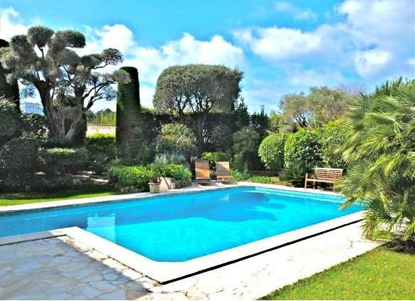 BEAUTIFUL PROVENCAL VILLA  ON ONE FLOOR