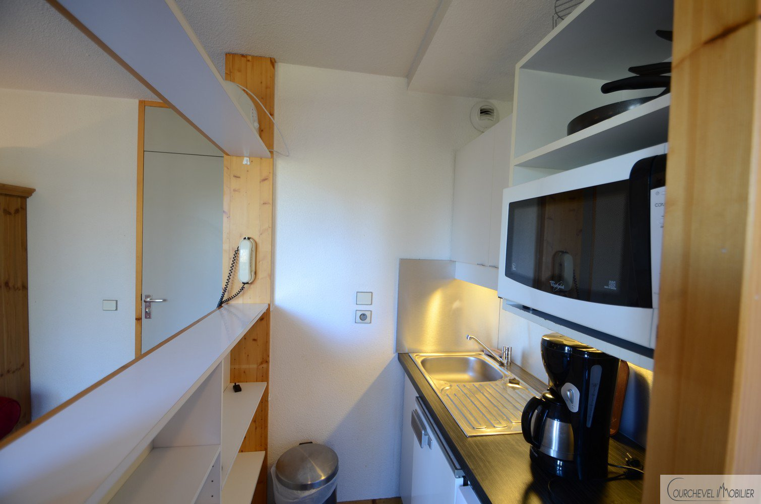 One bedroom + cabin apartment